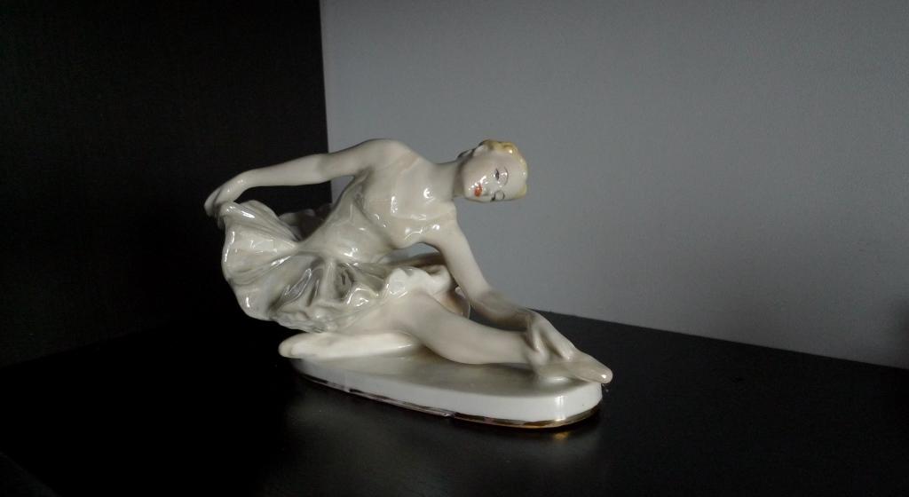 Балерина, фарфор, ЛФЗИ