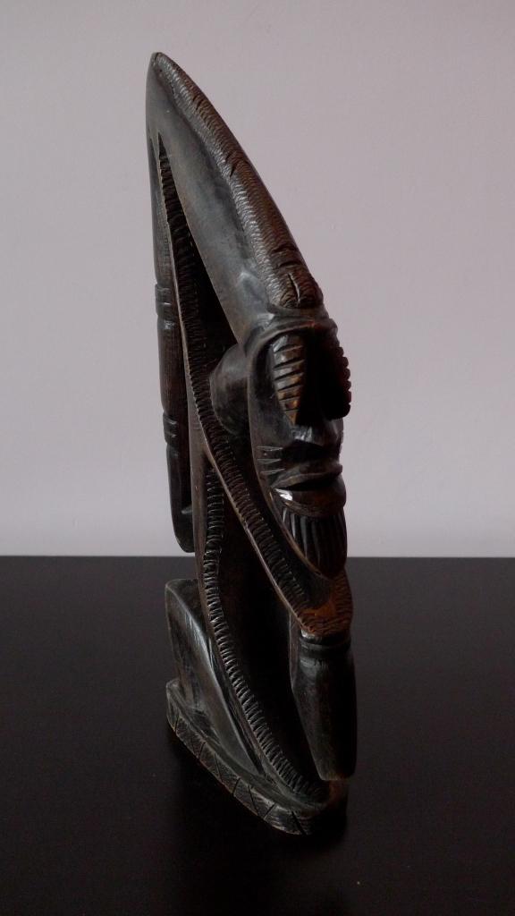 Винтажная скульптура из дерева Киви