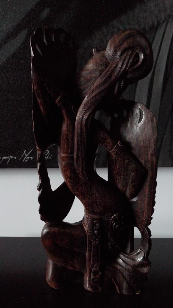 Скульптура, танец балийской девушки