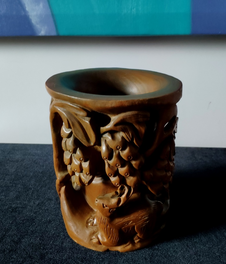 Ваза, сандаловое дерево, Китай