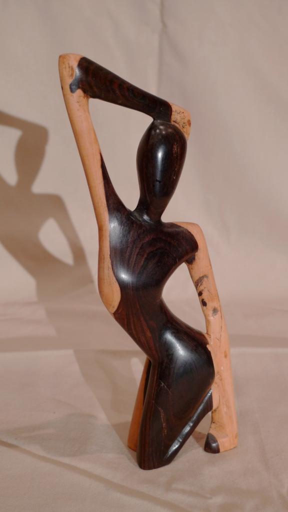 Статуэтка из Черного дерева, о. Новая Гвинея