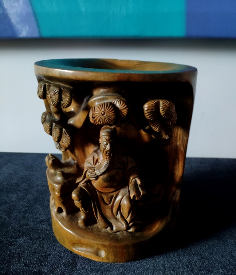 Ваза, натуральное сандаловое дерево, Китай