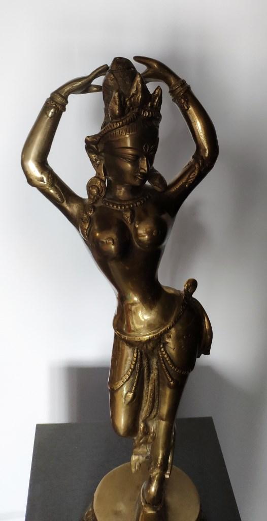 Скульптура, индийского божества